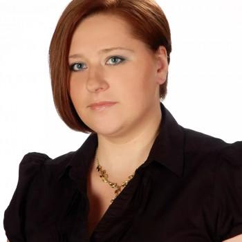 Opiekunka Anna F.:  Jestem też krawcową i szyję . Białystok