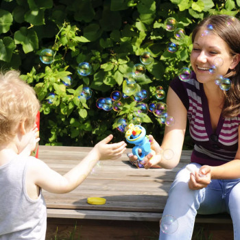Opiekunka Sylwia J.:  Lubię śpiewać z dziećmi  . Zdzieszowice