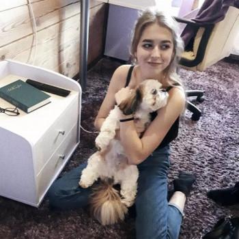 Opiekunka Sofia K.:  Znam ukraiński  rosyjski  . Lublin