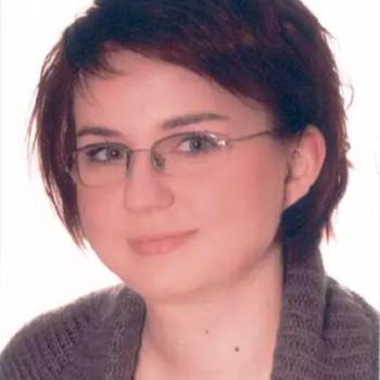 Opiekunka Izabela W.:  Posiadam aktualną . Warszawa