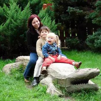 Opiekunka Katarzyna S.:  zainteresowana opieką nad dzieckiem. Gliwice